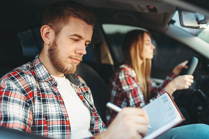 https://www.mynewperspective.co.uk/wp-content/uploads/2014/02/driving-tests-nerves.jpg